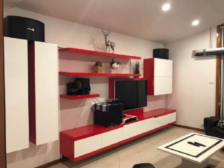 Polyurethane MDF Floating TV Wall Unit